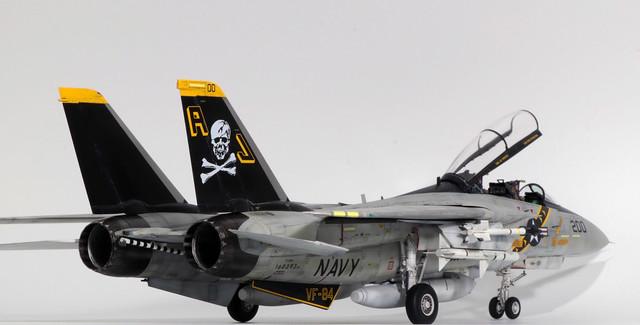 Tamiya-F-14A_003