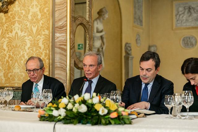 Il ministro per gli affari europei Amendola ospite dello IAI