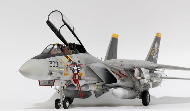 Tamiya-F-14A_001