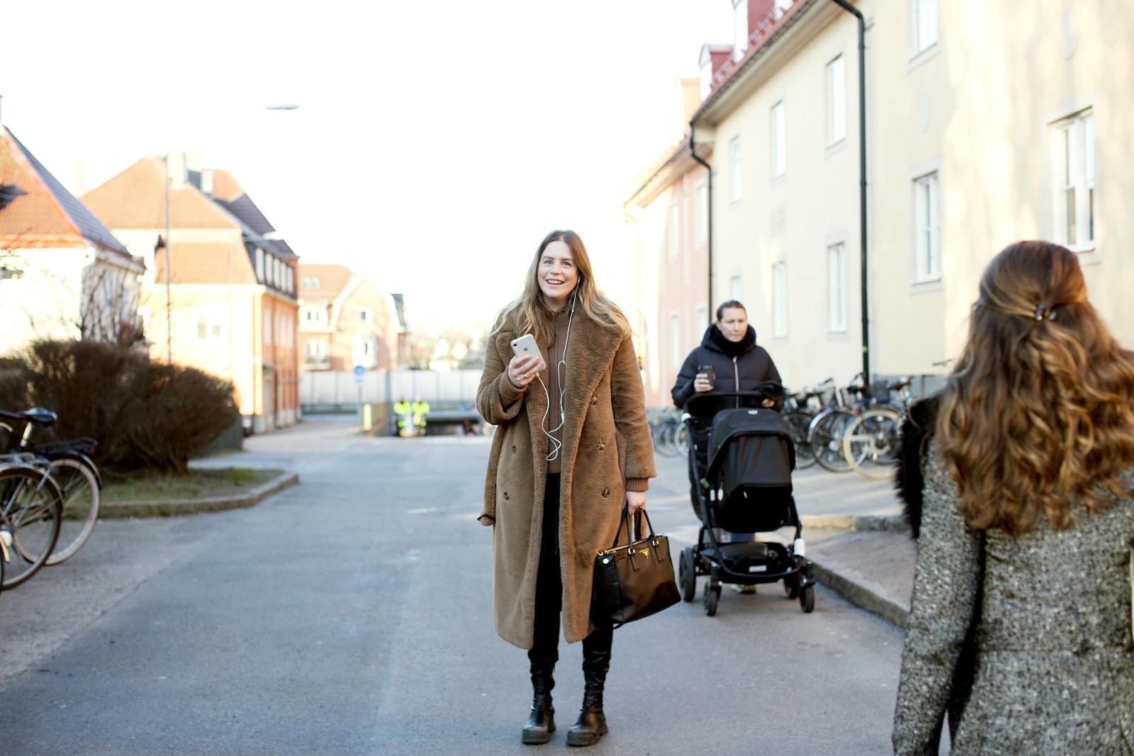 Anna Lina Elsa Promenad i mina nya stövlar