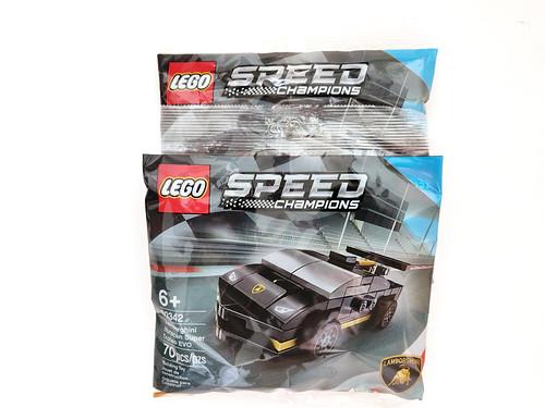 LEGO Speed Champions Lamborghini Huracán Super Trofeo EVO (30342)