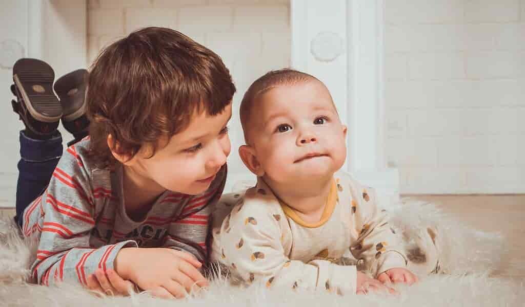 un-vêtement-intelligent-suit-le-développement-des-nourrissons