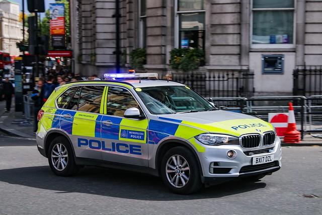 Metropolitan Police BMW X5/BX17 DZL