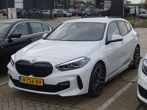 2020 BMW 118i Photo