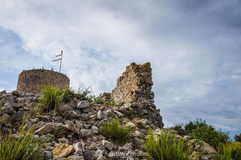 Llegando a la cima del Puig Molí