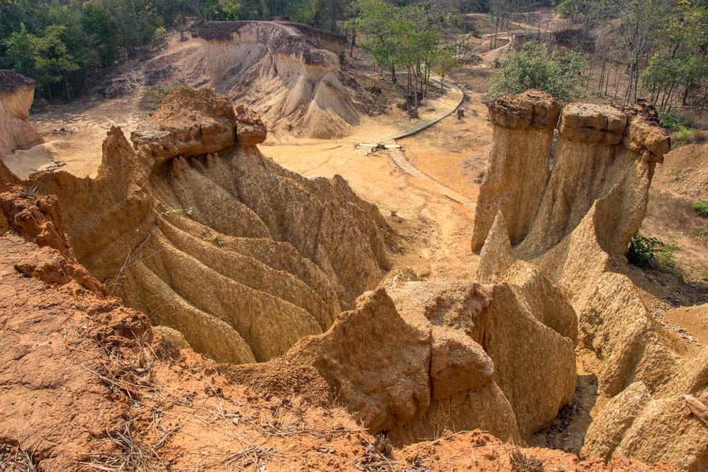 Пхэ Мыанг Пхи лесной парк в Пхрэ
