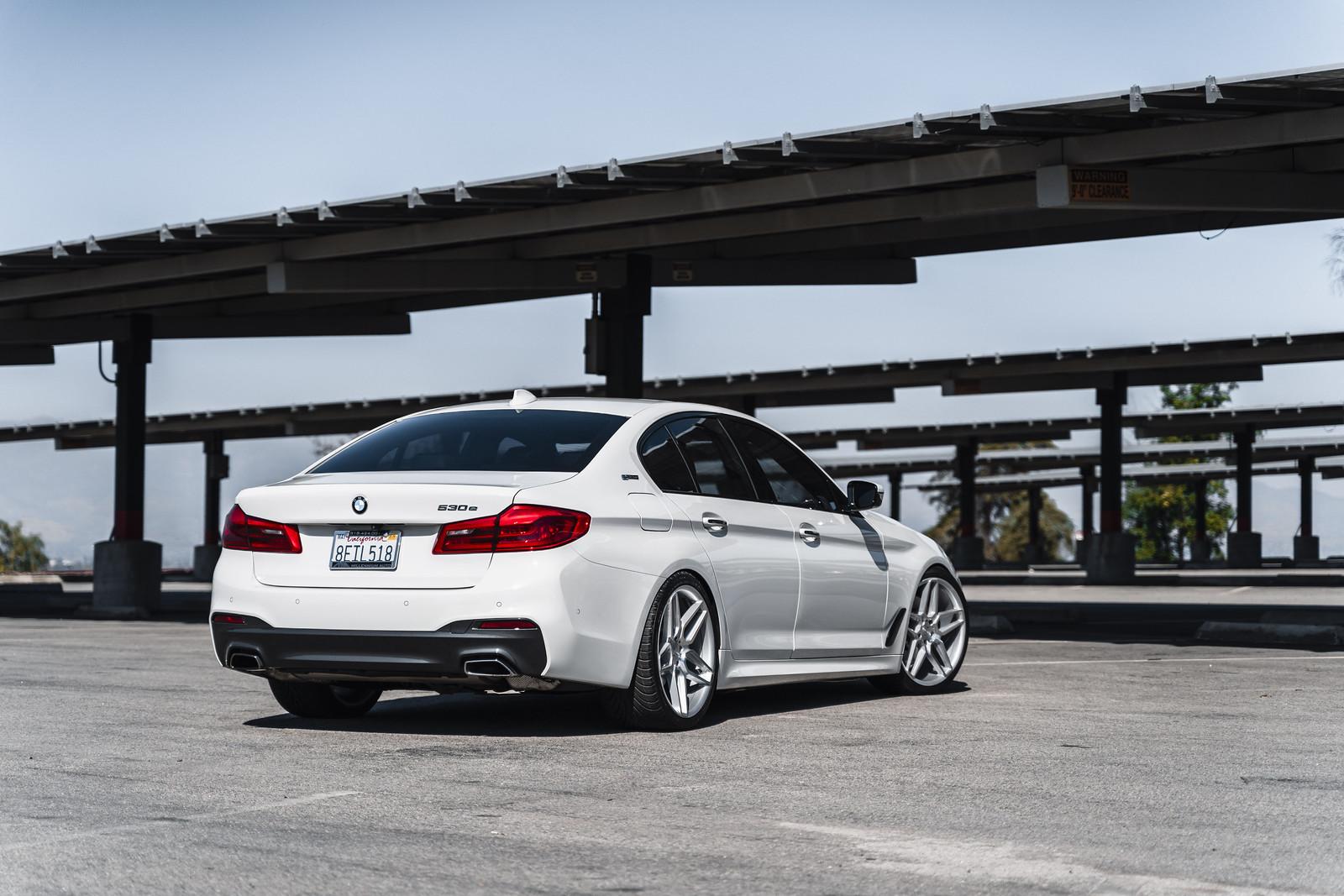 2018_BMW_530_E_Drive_BD17_5_Silver_4