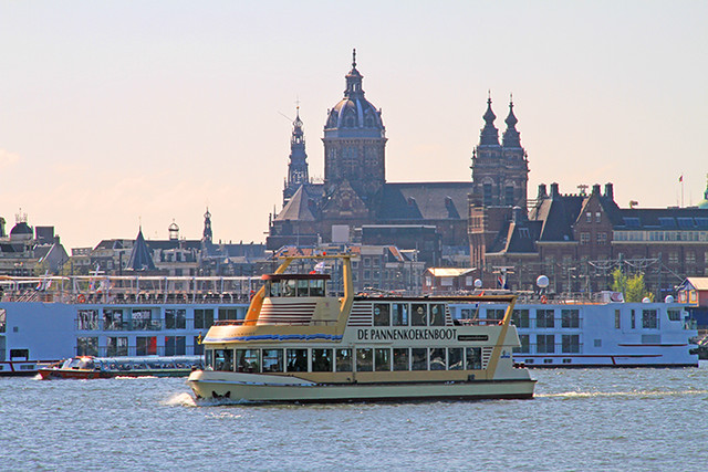 AmsterdamPannenkoekenboot-2
