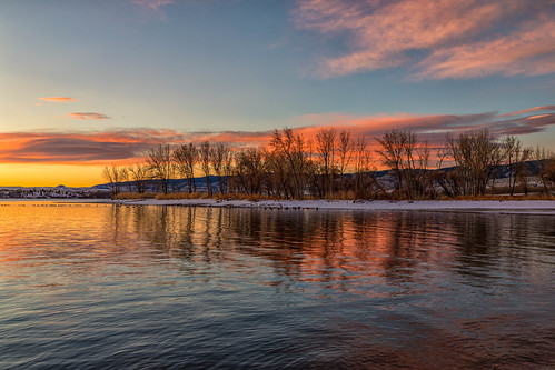 sunrise dawn daybreak lakechatfield chatfieldstatepark colorado trees pond reflections landscape