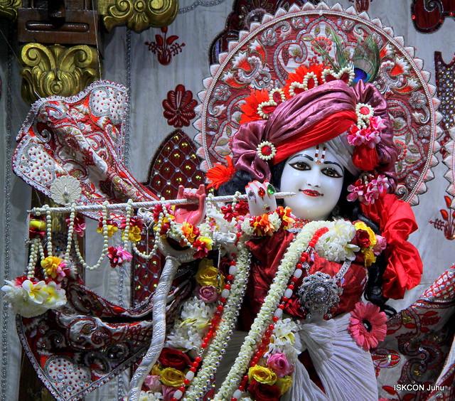 ISKCON Juhu Sringar Deity Darshan on 19th Feb 2020