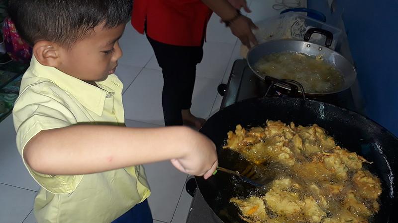 "Cooking Class ""Bakwan Sayur"""