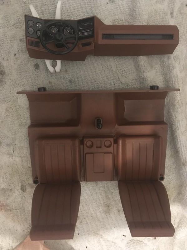 RC4WD trailfinder2 Blazer V8 49555676181_d83118e613_c