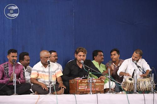 Devotional song by Ganesh Pimparikar Ji and Saathi from Baramati