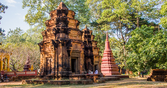 2019 - Cambodia - Siem Reap - Unkown Pagoda Stop