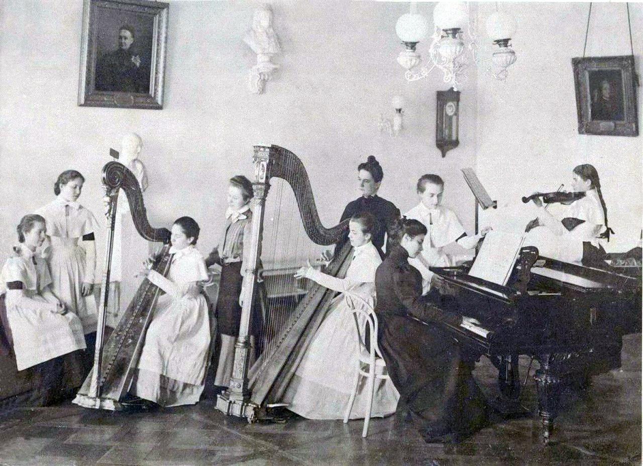 08. Урок музыки