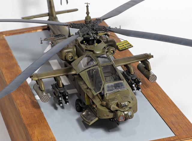 AH-64E_003