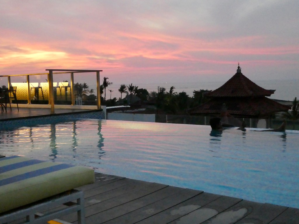 Holiday Inn Express Baruna Bali roof terrace