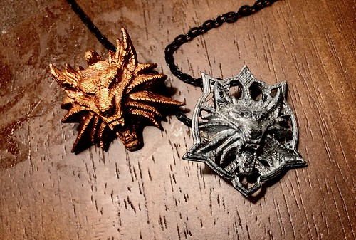 witcher medallions