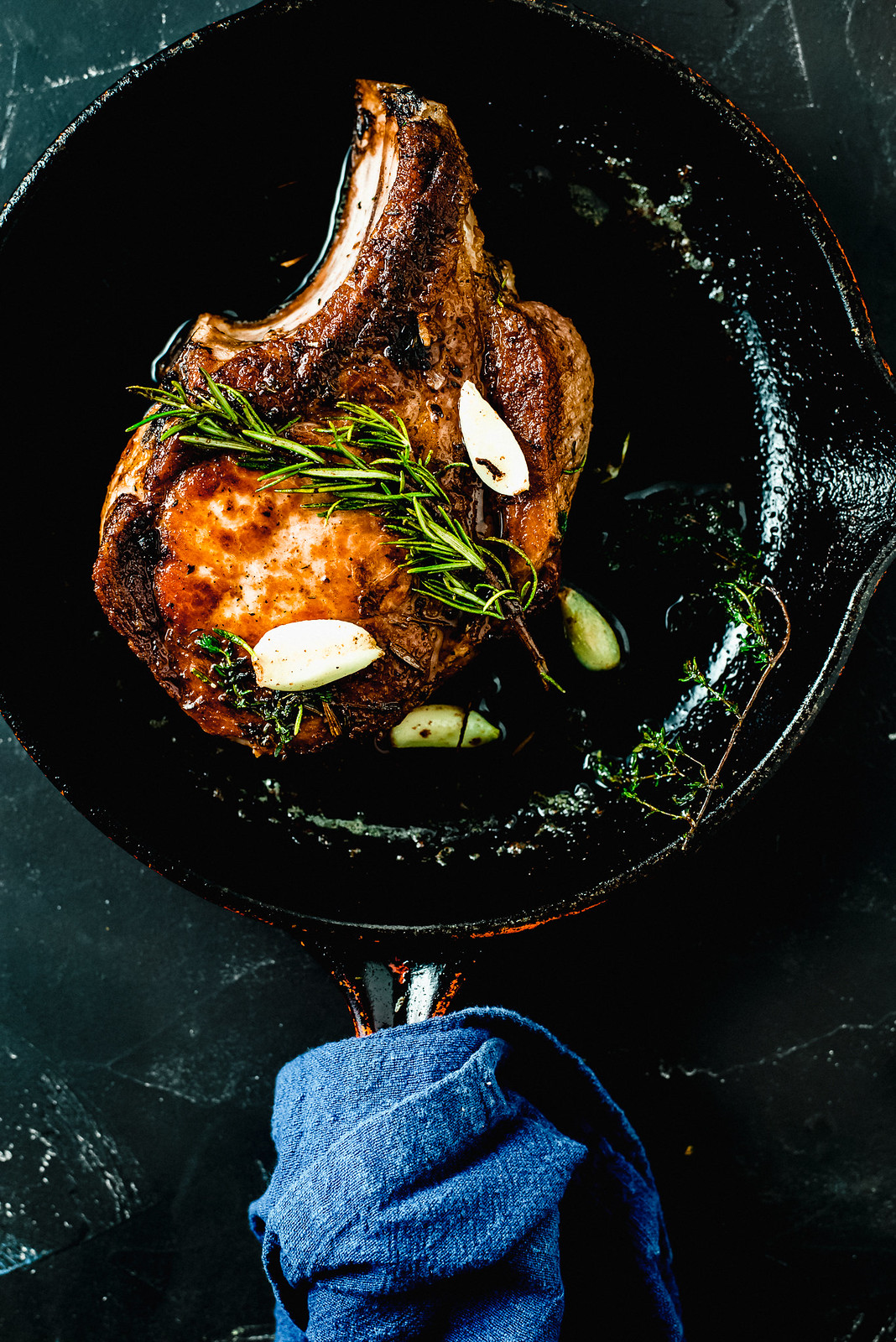 Pan Seared Pork Chops with Garlic and Thyme