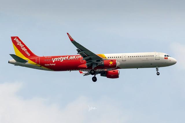 VietJetAir  ・ Airbus A321 ・ VN-A649