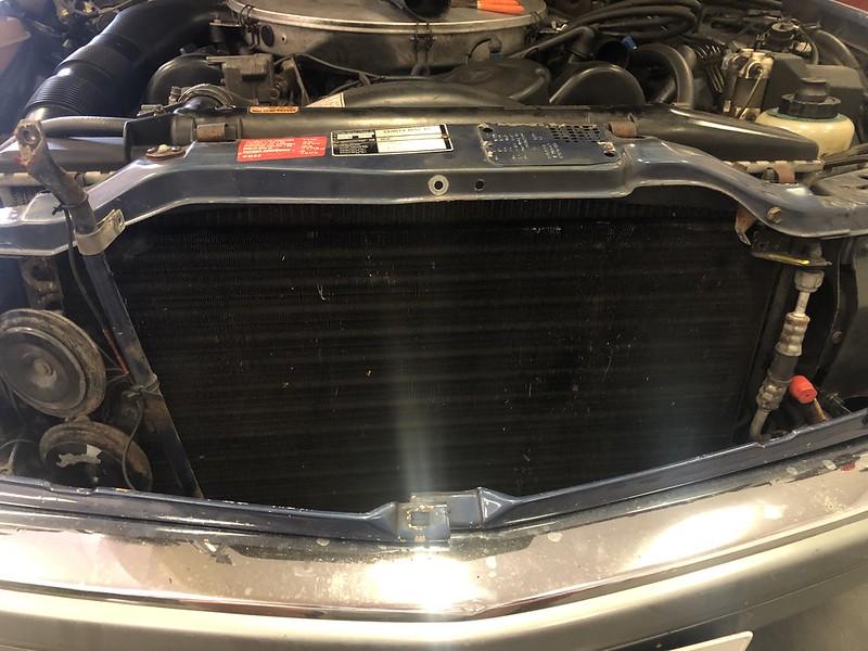 W126 SEC auxiliary fan