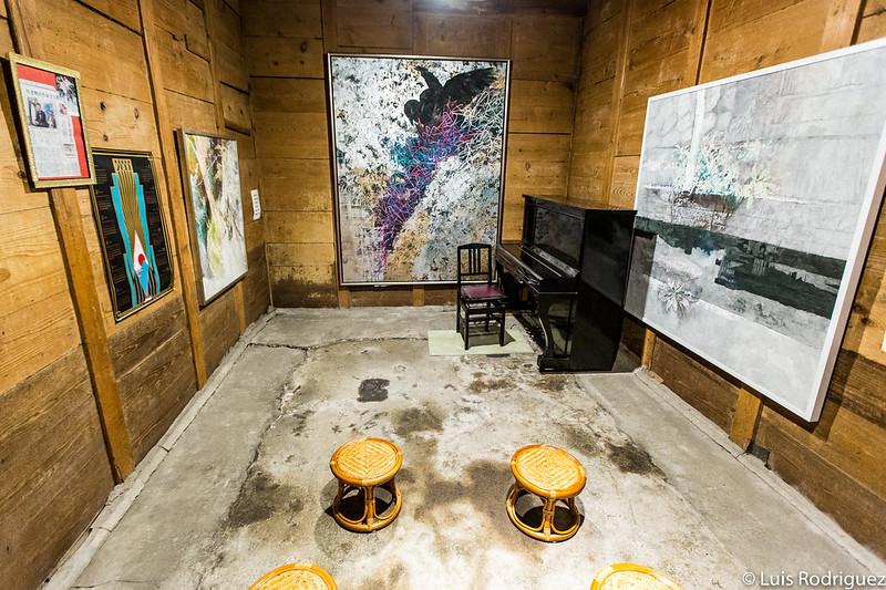 Galería de arte en el interior de la antigua residencia Kosaka