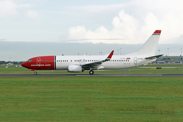 Norwegian Air Shuttle Boeing 737-8JP(WL) LN-NII