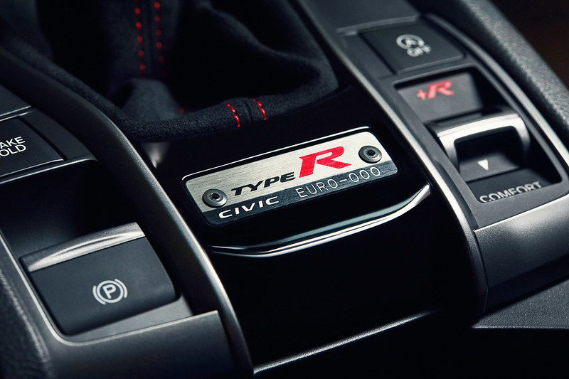 2021-Honda-Civic-Type-R-Limited-Edition-7