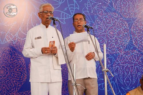 Devotional song by Pardeshi Mastana Ji from Kolhapur