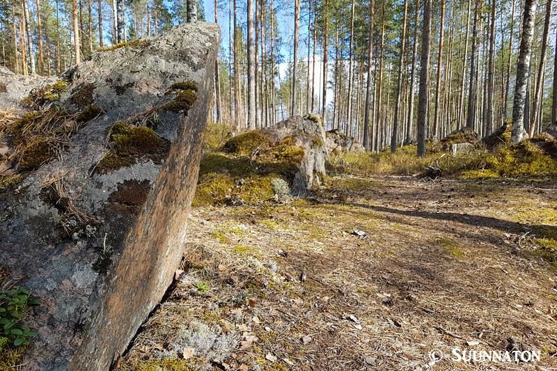 Luumäki, panssarieste, kivet