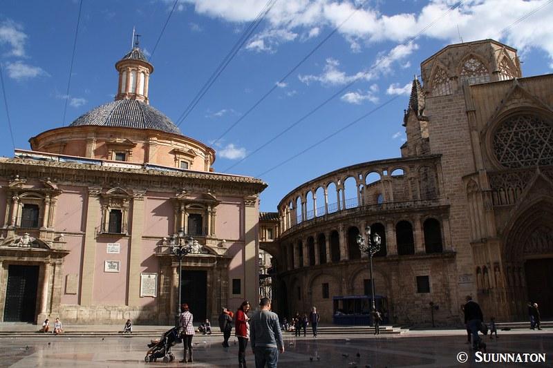 Plaza de la Virgen, Valencia, kokemuksia Espanjassa asumisesta