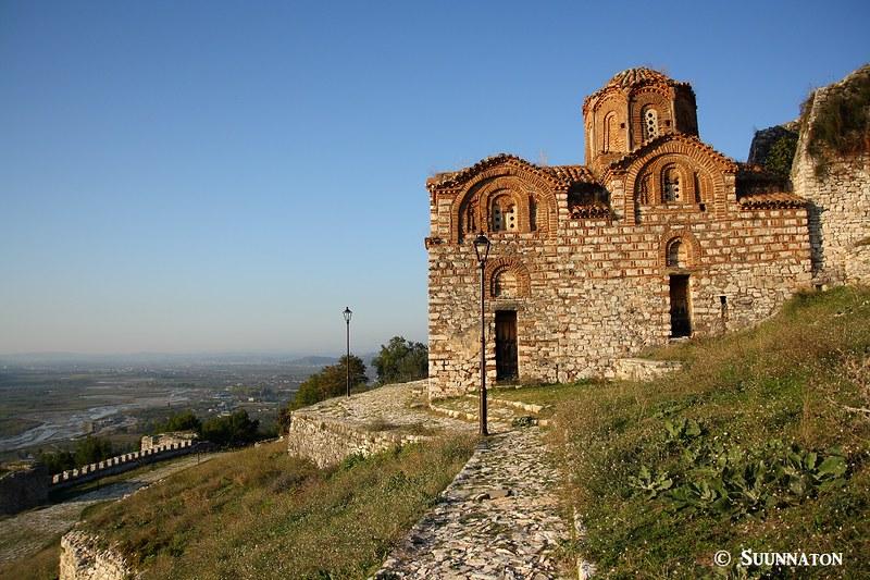 Miksi Albaniaan kannattaa matkustaa