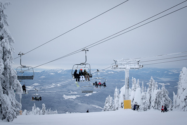 Stay and Play in Kelowna this Winter