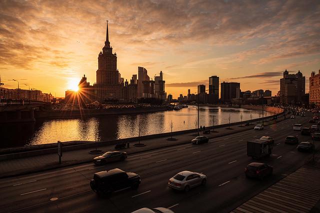 Krasnopresnenskaya Embankment