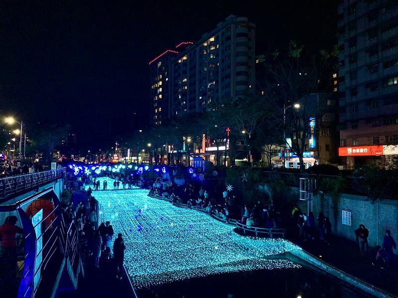新莊中港大排光雕秀2020