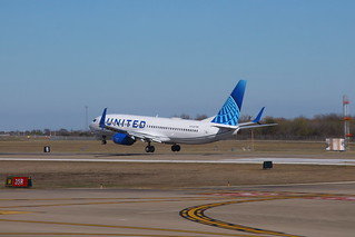 United N73291: Boeing 737-800 | by formulanone