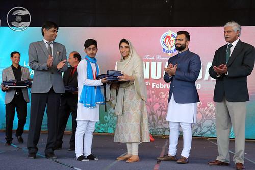 Satguru Mata Ji presented Award to the students