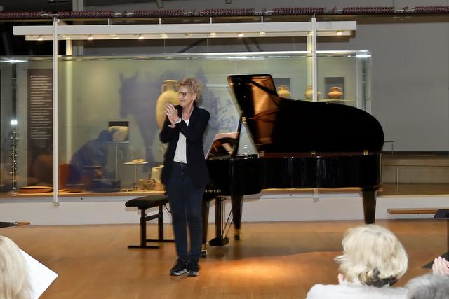 Stefan Astakhov   Bariton & Ammiel Bushakevitz   Klavier 04