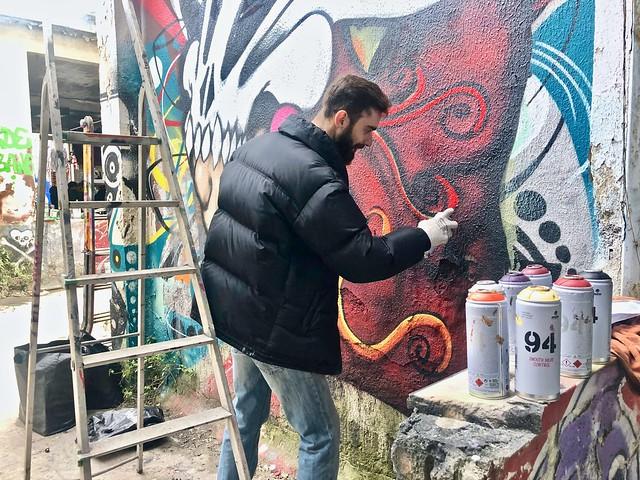 Street artist a lavoro