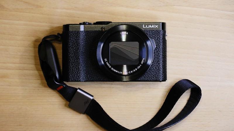 Panasonic LUMIX LX9 (a.k.a LX15/LX10).