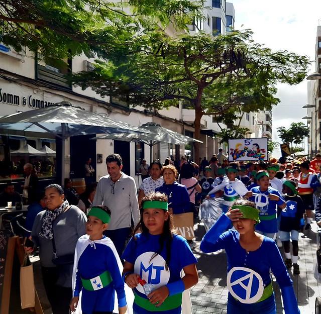 Pasacalles de Carnaval de los escolares de Arrecife