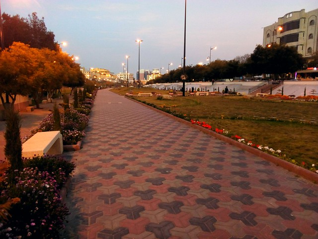 Probably the most pleasant and useful walking area I saw in Saudi Arabia; it connected my hotel with downtown Abha by bryandkeith on flickr