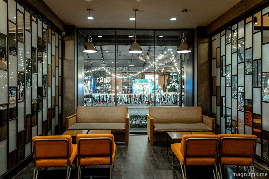 Night-Starbucks-lightroom-preset-04