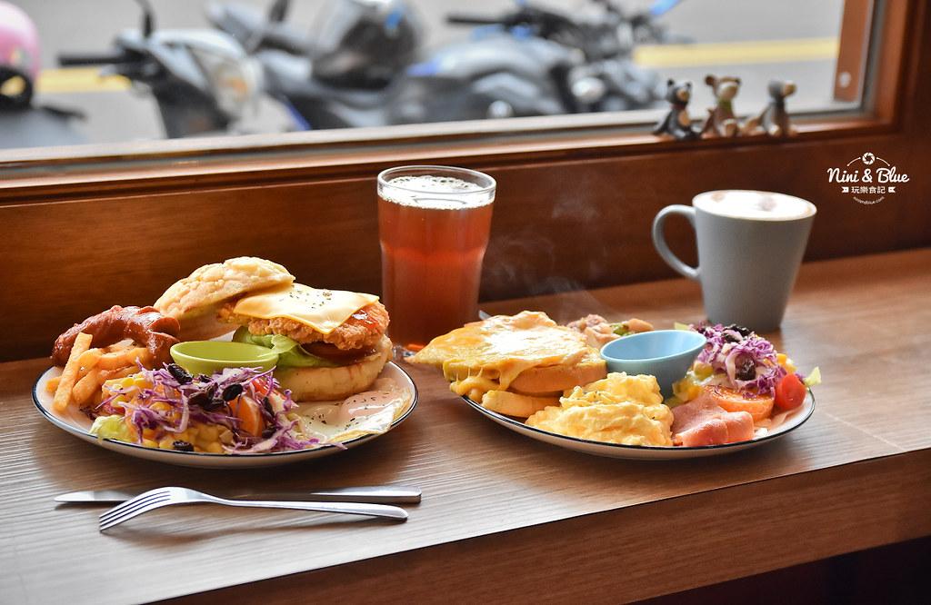 大里美食 搞岡 brunch早午餐菜單價位10