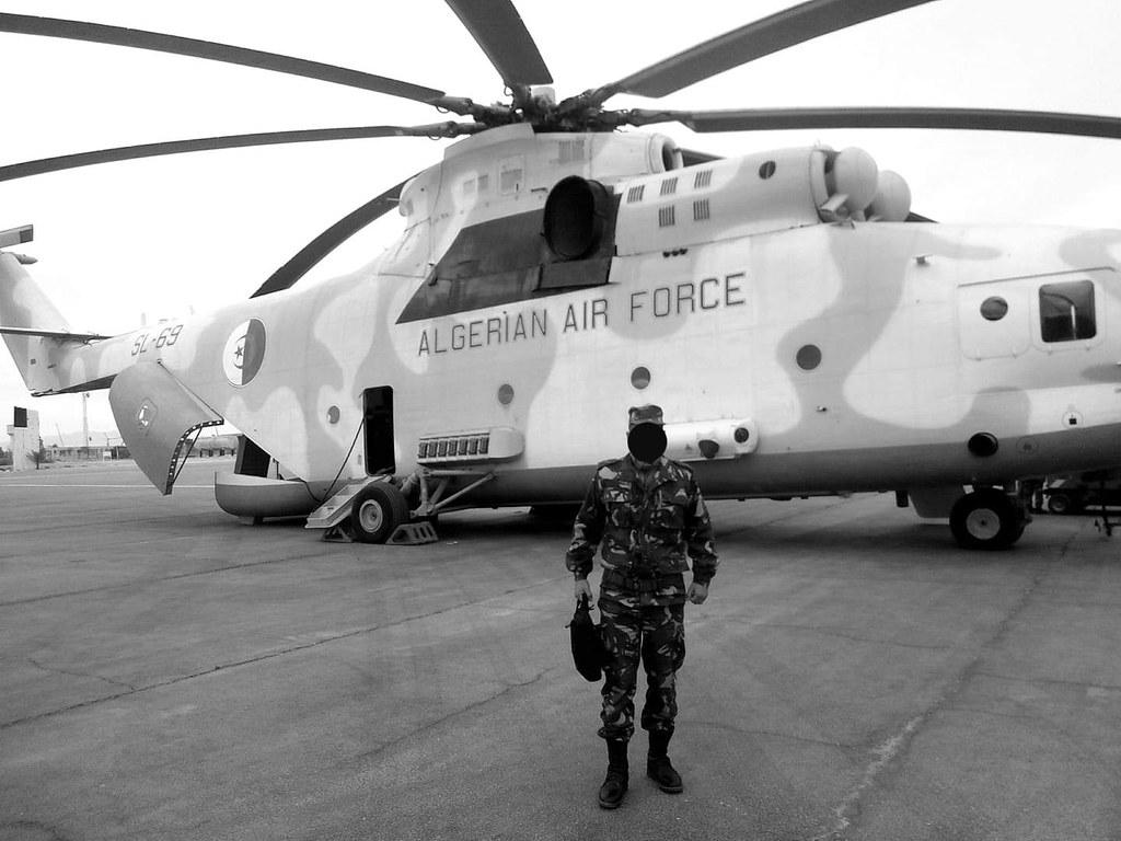 صور المروحيات الجزائرية  MI-26T2 - صفحة 23 49566106661_8a4c993e54_b