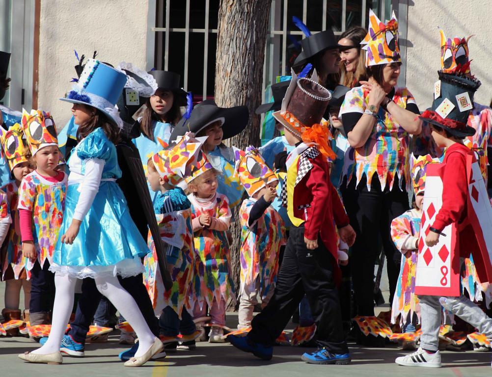 Carnaval en el CE Francisco de Vitoria, Salamanca.  (45)_1002x768