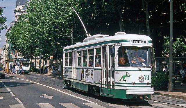 42-Saint-Étienne le tramway - - -- - - - -