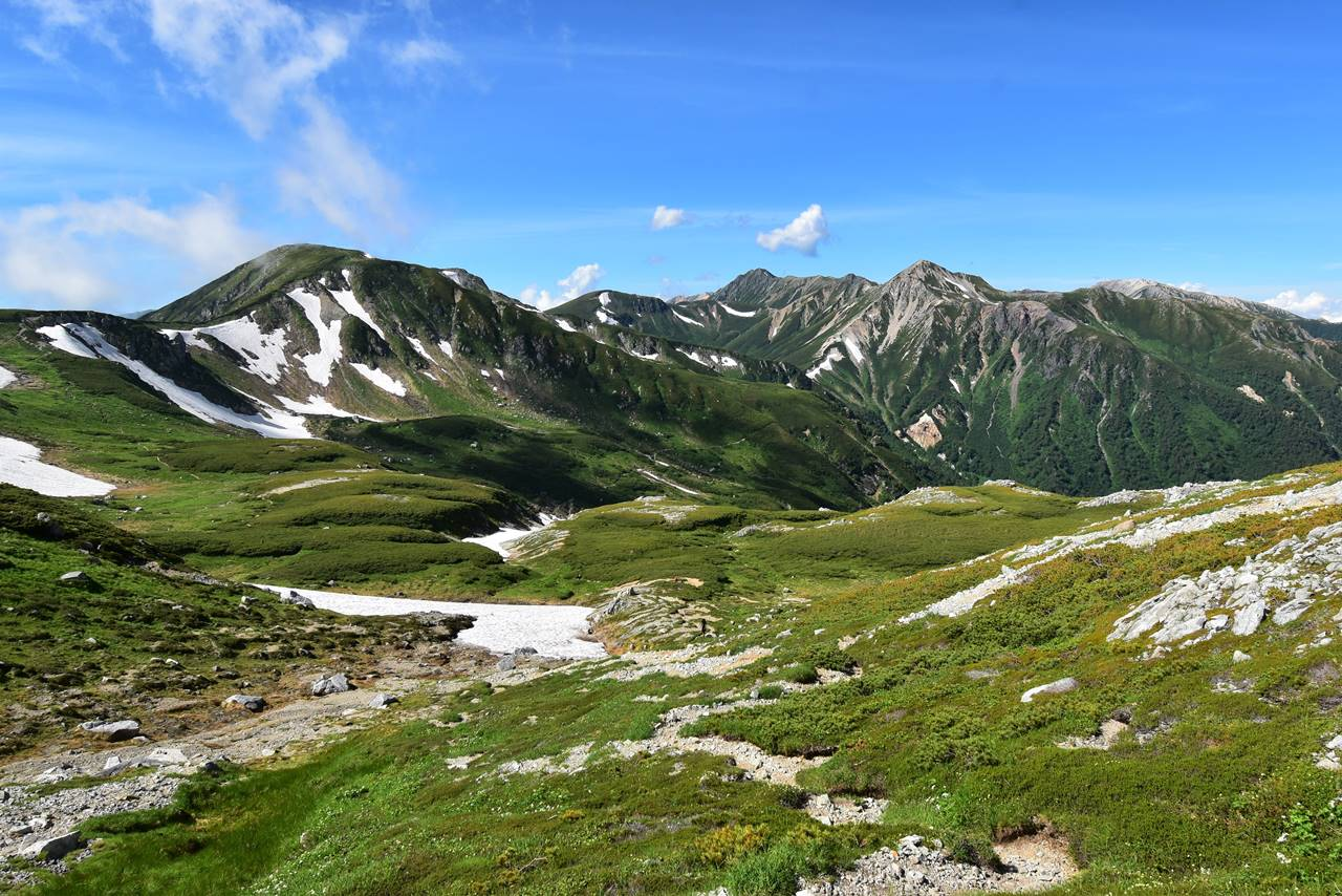 夏の北アルプス・裏銀座の山々