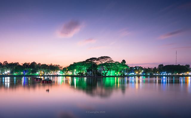 Van Mieu lake