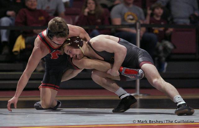 125: Alex Thomsen (Nebraska) maj. dec. Jake Gliva (Minnesota) 9-1. 200222AMK0169